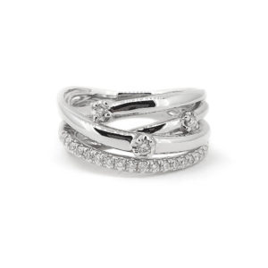 Diamond cross-over Ring
